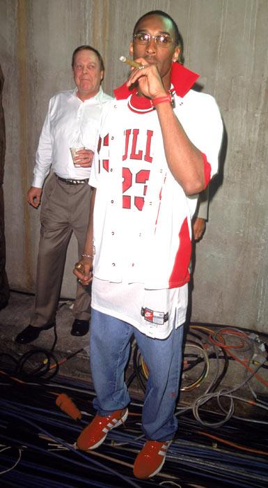 kobe bryant wearing jordan jersey off