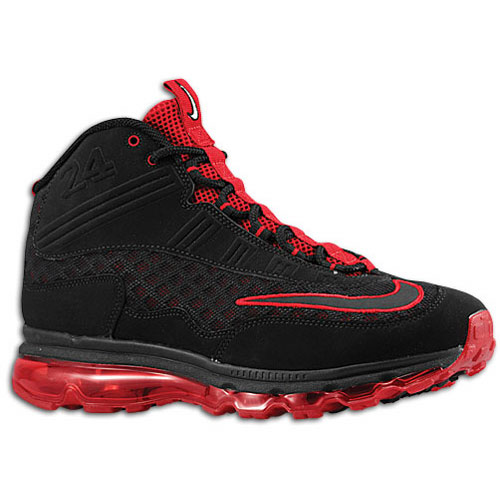 Kicks Addict l The Official Sneaker Head s Online Magazine   Blog ... b3ee44d5f