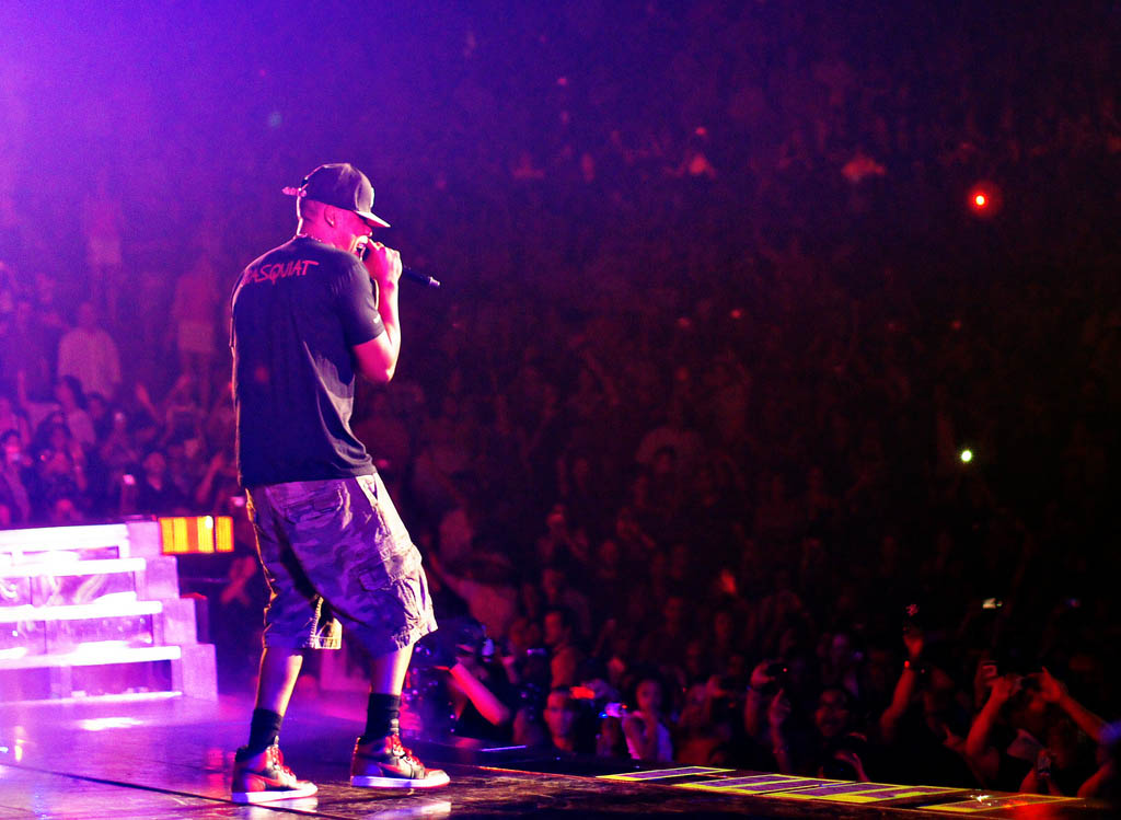 9f6a824f335588 Spotted   Jay-Z Rockin  The Banned Air Jordans 1 In Concert