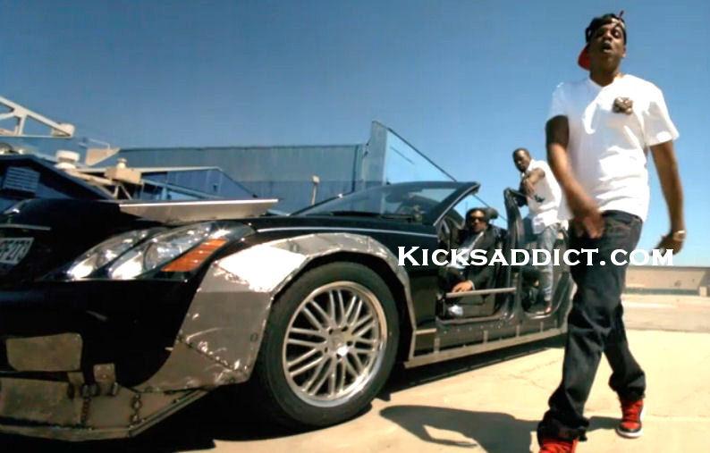 "d7b25b60926864 Jay-Z Rocks The ""Banned"" Air Jordan 1 In New ""Otis"" Video"