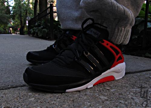 Kicks Addict l The Official Sneaker Head s Online Magazine   Blog ... 8f167b967