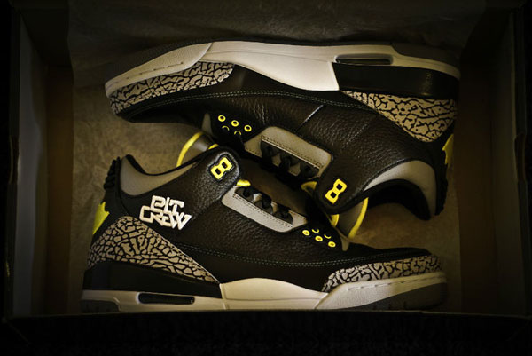 Brand New Limited Edition Oregon Ducks Nike Air Jordan 3 s. 5eec06ce28