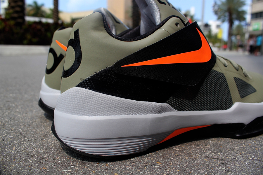 separation shoes b6f83 5ad6d Out Now! Nike Zoom KD IV