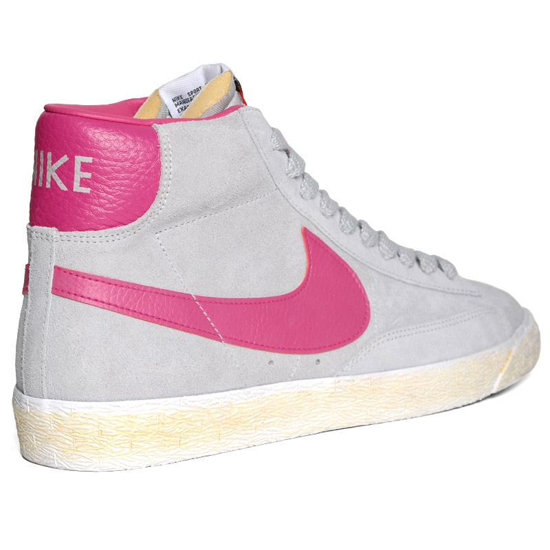 nike blazers pink and grey