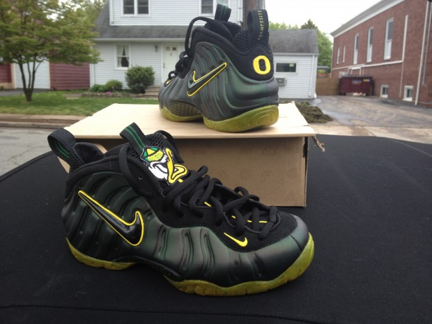 "Nike Air Foamposite Pro ""Oregon Ducks"" Custom By  Soleswap  6fb3ad1f0"