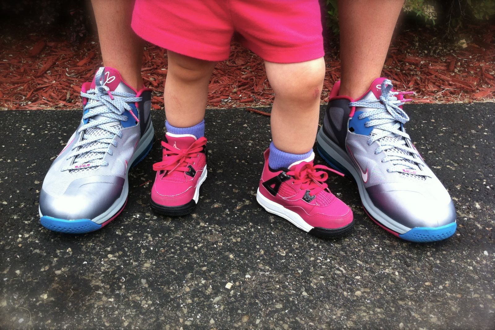 977138bfe109 WDYWT –  4Drumz Rockin The Nike LeBron 9 Low Fireberry