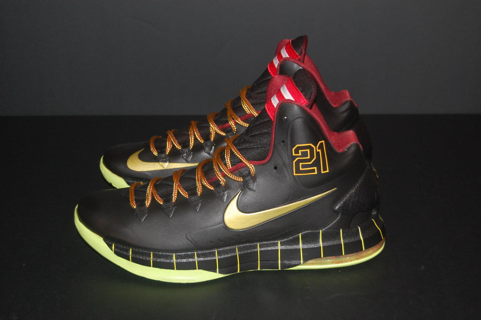 """size 40 34c97 99c69 Nike KD V """"Roberto Clemente"""" Custom By JP Custom Kicks"""