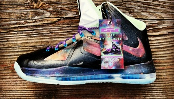 "26d35161b1c Nike Lebron 9 ""Brightest Galaxy"" Glowing Flywire Custom"