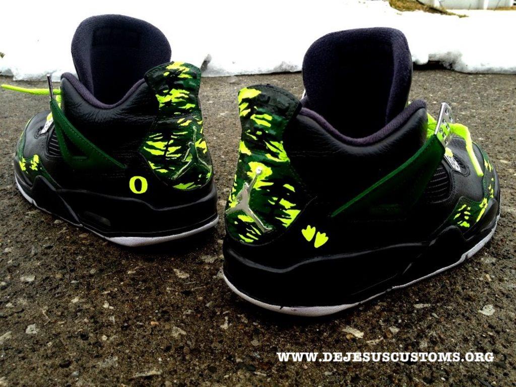Kicks Addict l The Official Sneaker Head s Online Magazine   Blog » Dejesus  Customs 91b13909a8da