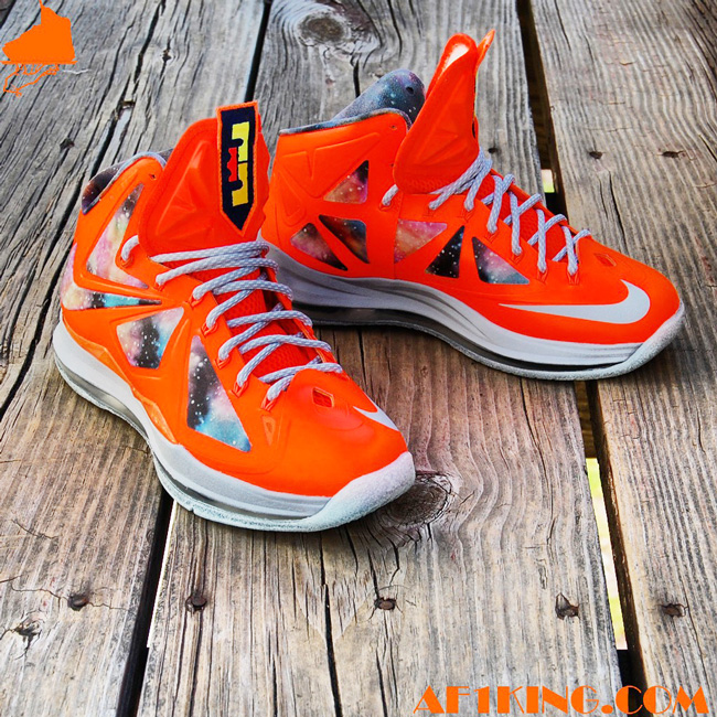 """competitive price 03c78 9b1a1 With the recent launch of the area 72 pack, many sneakerheads have drawn  comparison to last year s """"All Star Galaxy"""" pack. Some feel as though Nike  did a ..."""