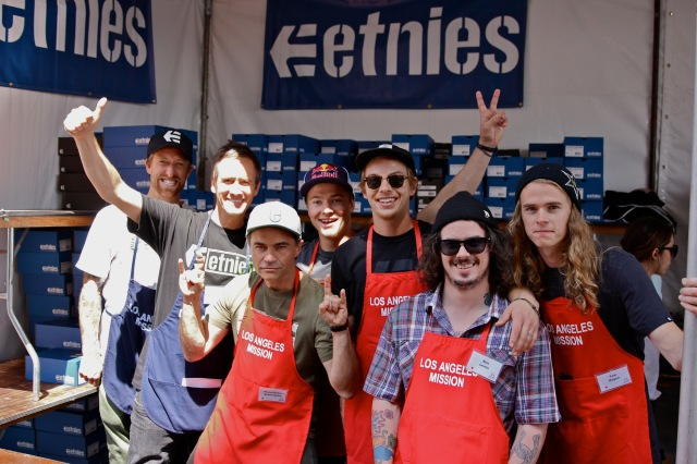 etnies_LA_Mission_Easter_2013_-_etnies_owner___CEO_Pierre-Andre_Senizergues_with_etnies_Pro_Riders_and_volunteers_2100x1400_300_RGB