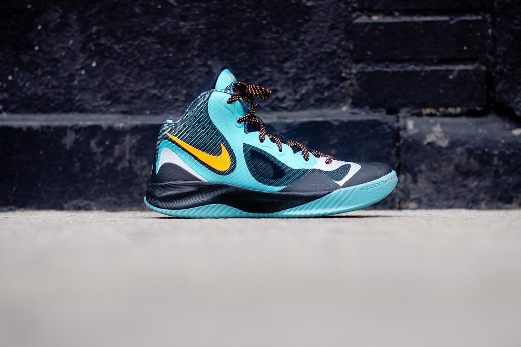89cd77632c93e3 Nike Zoom Hyperfranchise XD