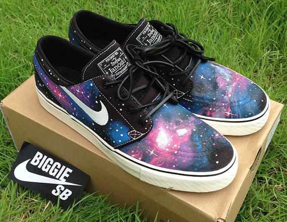 nike-janoski-galaxy-customs-7