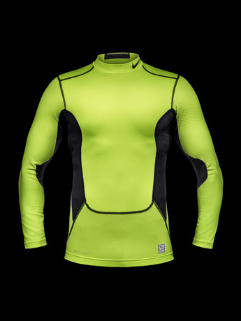 Ho13_FB_Hi-Vis_WE_NikePro_Hollow_R_24559