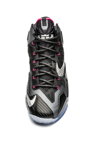 Ho13_BB_LeBron11_616175_003_top_25022