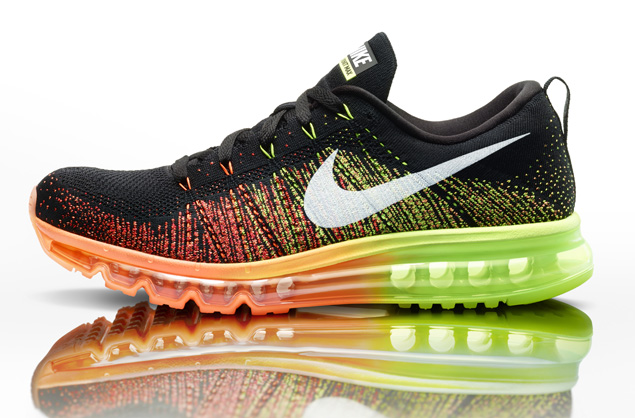 SP14_Global_Comms_M_Flyknit_Max_Profile