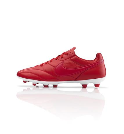 43127_223011_Global_Football_Red_PremierFG_Base_LR_25841