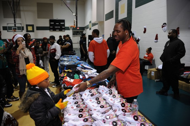 Pusha T Presents 1000 Shoes For 1000 Smiles Christmas Shoe Giveaway Sponsored By Adidas