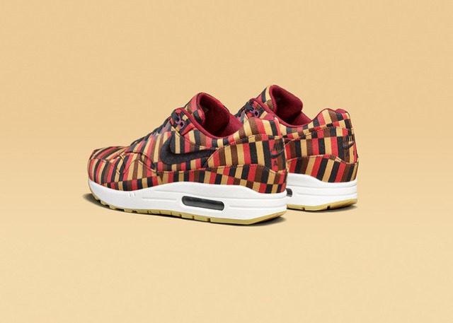 AIR_MAX_1_BLK_POM_rear34-16138_Lo_25753