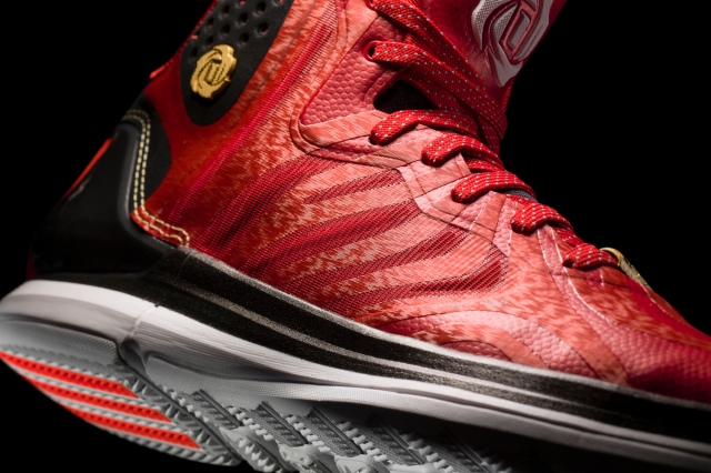 D Rose 4.5 Light Scarlet-Black-White Detail 1 (G66977)