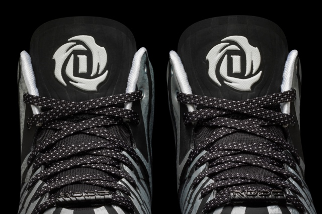 D Rose 4.5 White-White-Black Detail 3 (G99364)