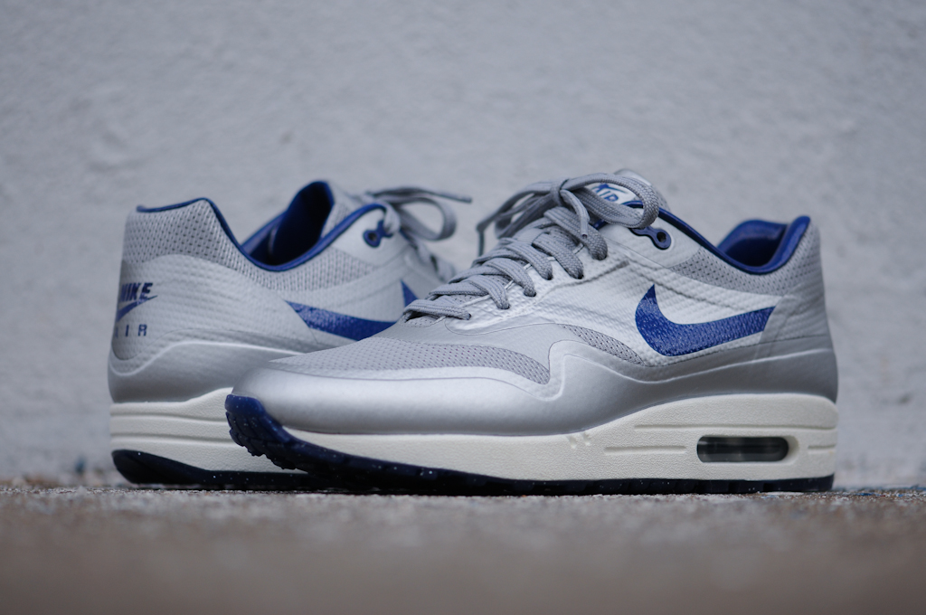 nike air max 1 hyperfuse night track quickstrike