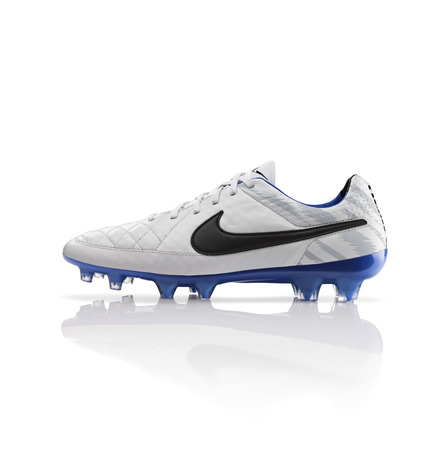 Global_Football_TiempoLegend_26177
