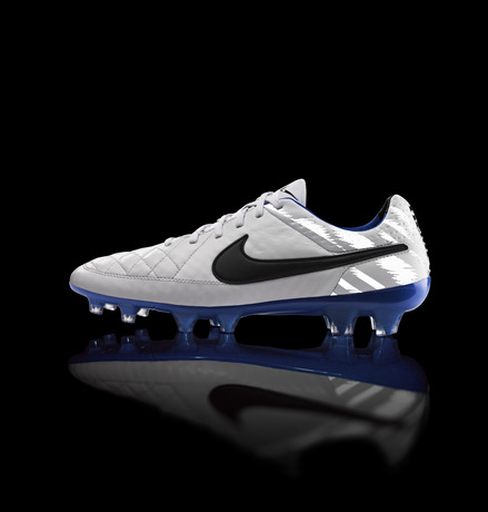 Global_Football_TiempoLegend_LightsON_26169