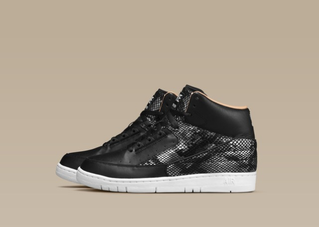 NIKE_AIR_PYTHON_LUX_SP_BLACK_WHITE_SIDE_25912