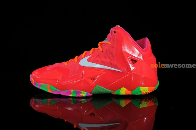 SA_Lebron_11_Red_Multi_621712_600_6__56838_1386293869_1280_1280