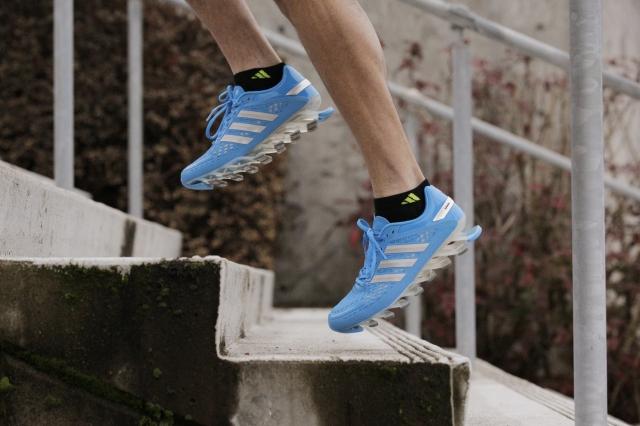 Razor_blue_stairs men's