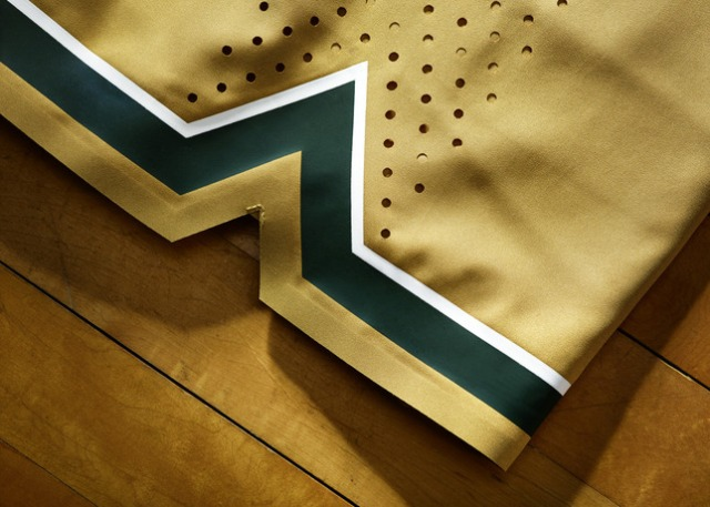 Nike_2014_NCAA_Bball_Kits_MICHgold_DET_1_27111