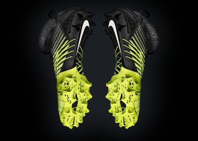 Nike_HyperAgility_0002_EM3_RDR_EM_black_4k_27591