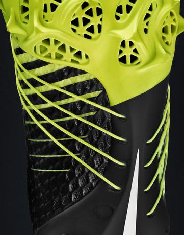 Nike_HyperAgility_0013_rgb_black_crop_27592