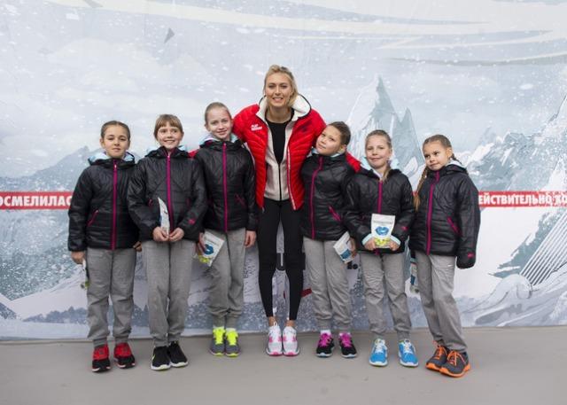 Sharapova_court_7_27335