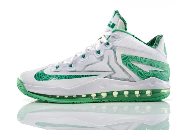 Lebron_11_Low_Easter_100_profile_0132_FB_28296