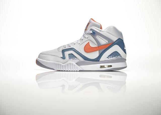 Nike_NSW_Air_Tech_Challenge_ORNG_LAT_26655