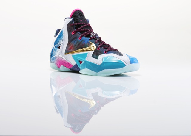 Lebron_XI_What_The_Right_3qtr_28517